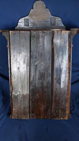 Старинный резной киот, украшенный колоннами. Русский Север в Санкт-Петербурге фото 12