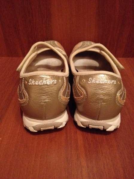 Скетчерс туфли 37,5-38 размер в Москве