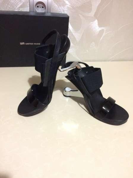 Дизайнерская обувь United Nude
