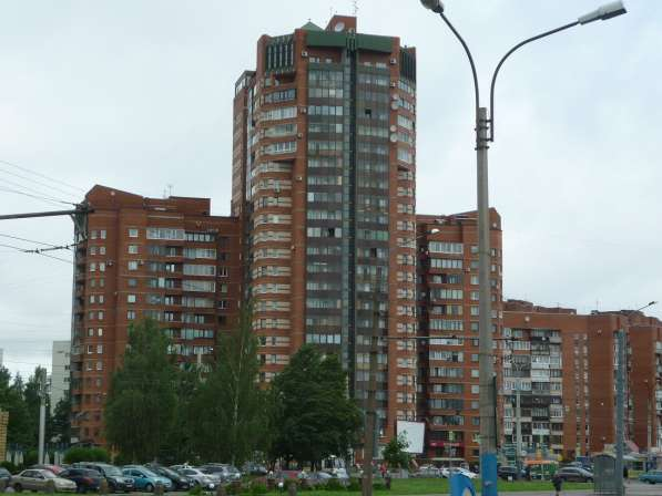 Прекрасная 3-х к. кв. 88 кв. м. на пр. Луначарского