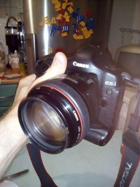 Canon EOS 1D Mark 2n в прекрасном состоянии