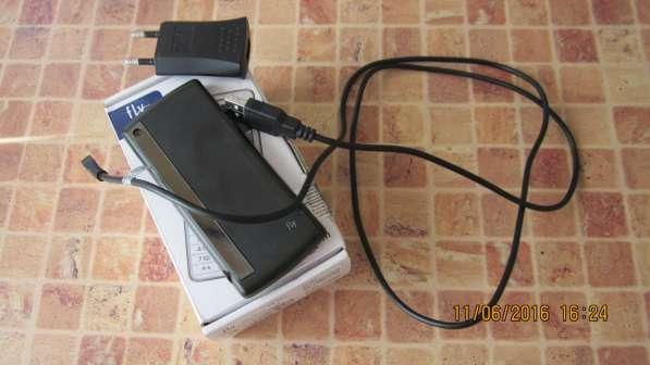 Отличный телефон камера 2симки