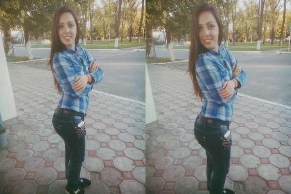 Людмила, 18 лет, хочет познакомиться