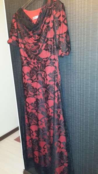Женское вечернее платье 46-48размера