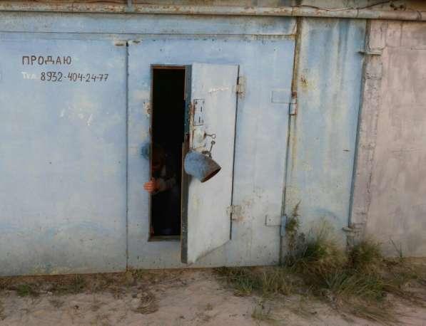 Продаю гараж в пгт. Федоровский