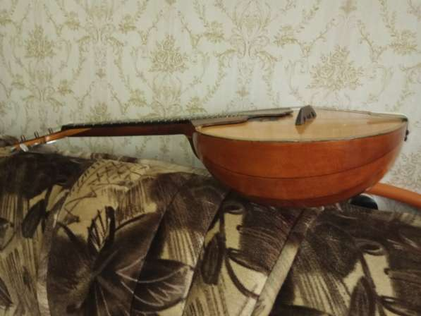 Концертная 3х струнная домра в Екатеринбурге