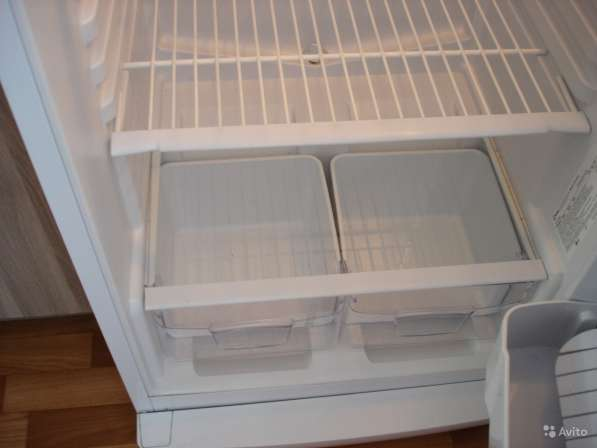 Холодильник Indesit 170cм в Санкт-Петербурге фото 8