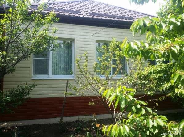 Продам дом на участке 6 соток с фруктовым садом и цветником