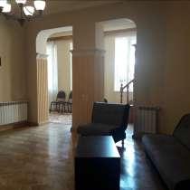 Тбилиси-квартира в исторической части города, в г.Тбилиси