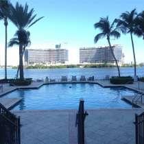 Большая, угловая квартира в Авентуре, в г.Майами