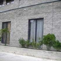 Продается срочно и дешево квартира люкс в ваке, в г.Тбилиси