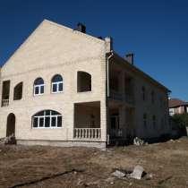 В продаже добротный двухэтажный дом 2012 г.п. в Мысхако, в Новороссийске