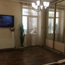 Продается квартира ЦЕНТР сталинка, в г.Луганск