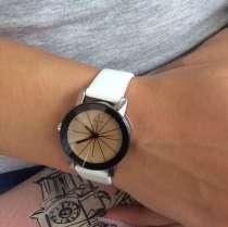 Женские наручные часы, в Энгельсе