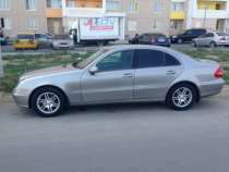 иномарку Mercedes, в Ростове-на-Дону