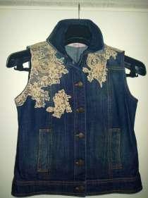 Куртка R. E.D. VALENTINO джинсовая,без рукавов, Италия,новая, в Челябинске