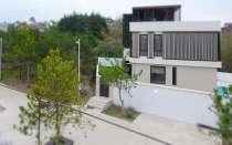 Дизайнерский дом в центре Сочи, в Сочи