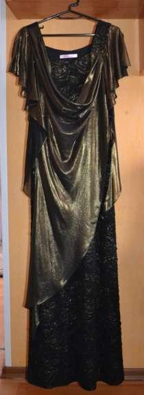 Продаю платье б/у, состояние отличное, одевалось 1 раз, в Барнауле