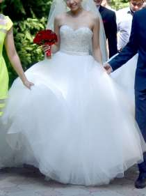 Брендовое свадебное платье, в г.Алматы