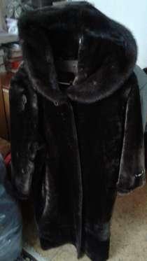 Продается шуба натуральная размер 48-50, в Москве