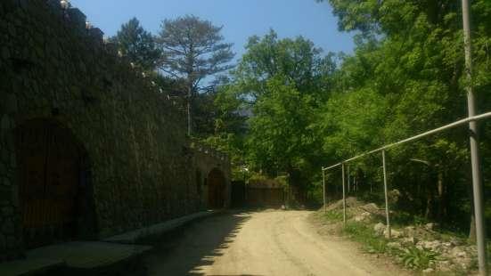 Продам земельный участок в новом коттеджном микрорайоне Ялты