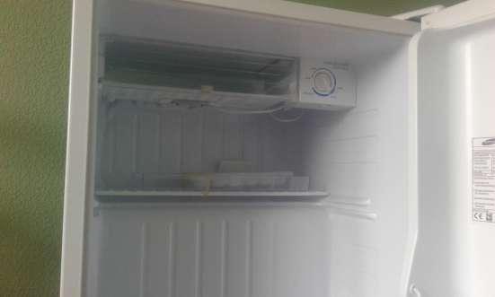 Продам минибар холодильник Самсунг