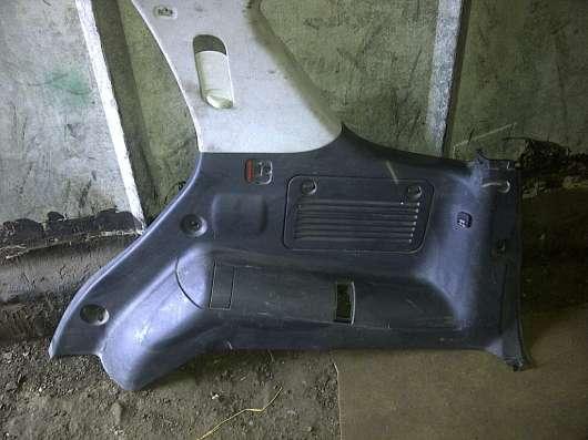Mercedes Benz  W163 ML  обшивка багажника