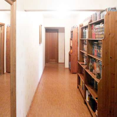 Трехкомнатная квартира 90 кв. м на Комендантском проспекте в Санкт-Петербурге Фото 1