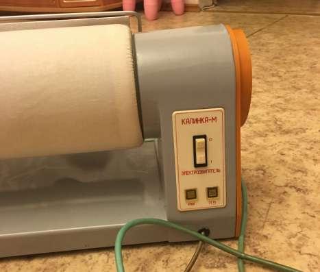 Продаю электробытовую гладильную машину