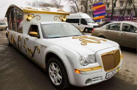 Заказать лимузин в Уфе, Аренда лимузина. Встреча с роддома