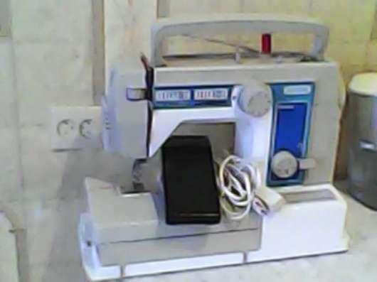 Швейная машина Famula 5092(Veritas), электрическая