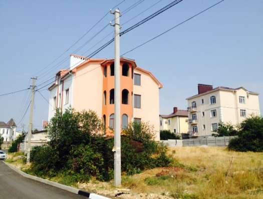 Дом ул Веерная, дом 450 кв. м. на 6 сотках земли