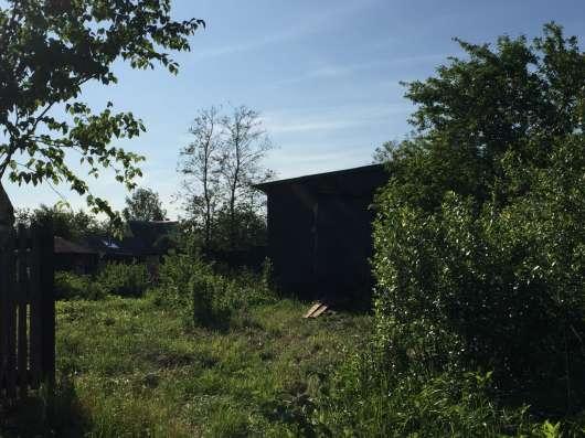 Продам земельный участок 6.5 соток с летним домом 20 кв. м