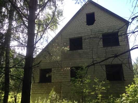 Продам недостроиный дом, земельный учаток 16 соток