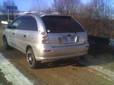 подержанный автомобиль Toyota nadia