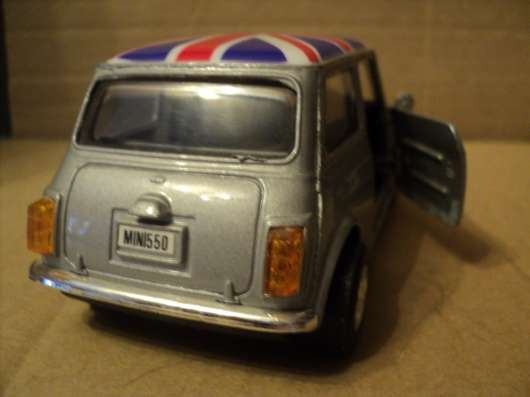 Масштабная модель автомобиля Мини в Москве Фото 1