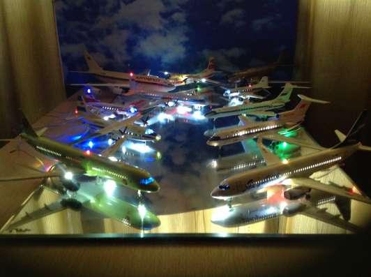 Модели самолётов.
