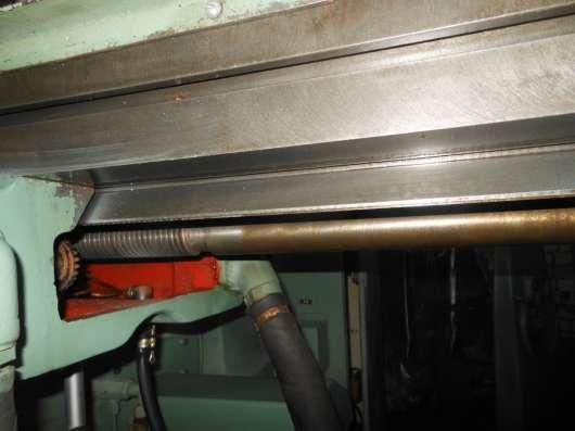 Станок фрезерный широкоуниверсальный 6Т82Ш