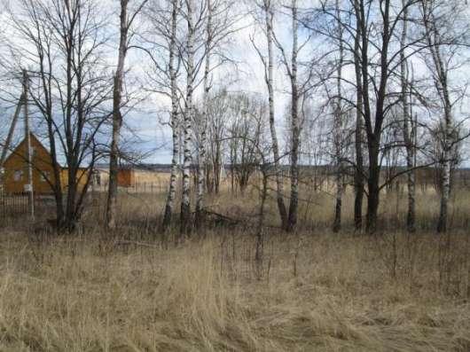 Продается земельный участок 30 соток под ЛПХ в д. Клементьево, Можайский р-он, 110 км от МКАД по Минскому шоссе.
