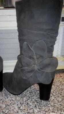 Продаю зимние сапоги Joe Suis 38размер, серые замша, нат.мех в Москве Фото 1