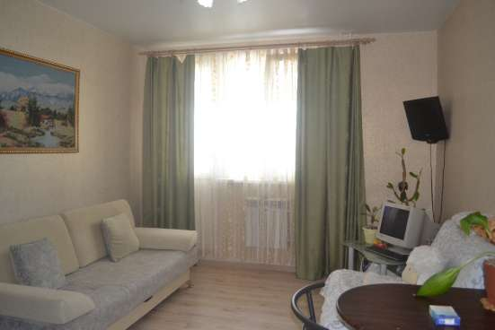 Продаю квартиру-студию на Светлой 7