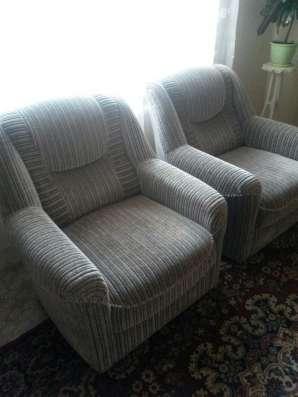 Продам 2 мягких кресла, серого цвета в г. Гродно Фото 1