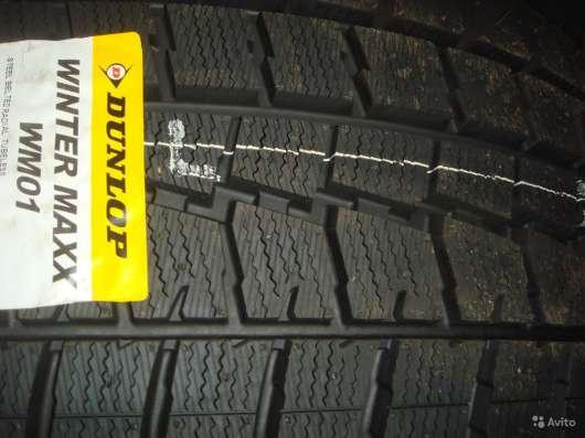 Новые зимние Dunlop 245/45 R18 Winter Maxx WM01 в Москве Фото 3