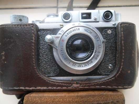 Фотоаппараты Зенит ЕТ и Зорький