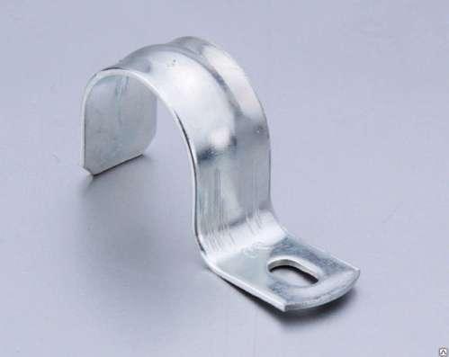 Скоба металлическая двухлапковая 10-11 мм в Москве Фото 3