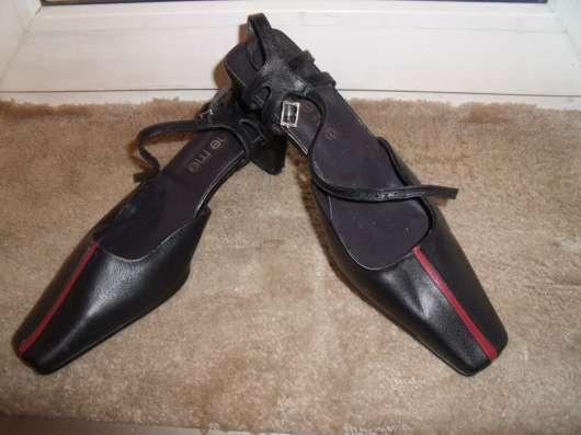 Эффектные туфли She me кожа р.37-37.5 новые