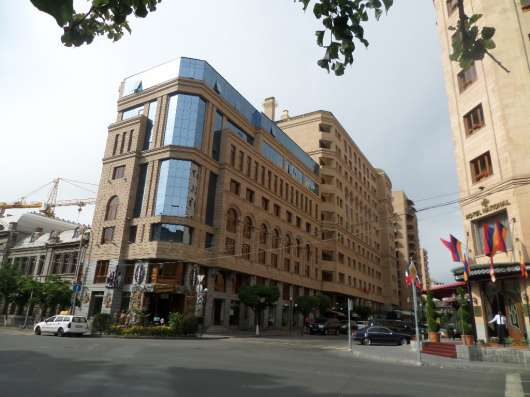 Ереван, Улица Амиряна,рядом Площадь Республики,3-х комнатная Фото 3