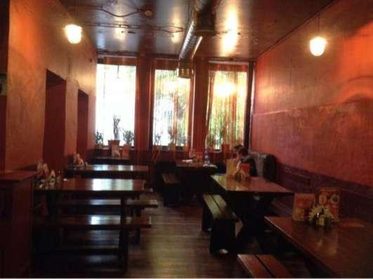 Помещение под кафе/ресторан рядом с метро.