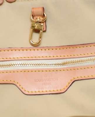 Женская серая сумка LOUIS VUITTON в Москве Фото 2