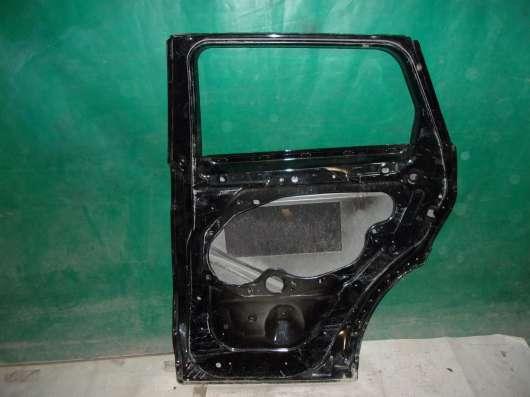 Правая задняя дверь на Land Rover Evoque(13-н.в.)